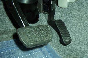 Gas and Brake Pedals in Taurus and Sable