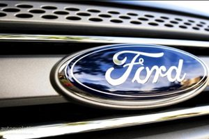 ford settlement Rollover Suit