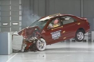 Kia Spectra crash test