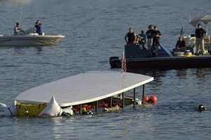 20 Die As Tour Boat Capsizes