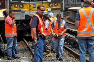 LIRR Workers