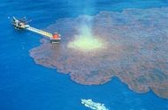 Large oil spill occurs in Indian Ocean