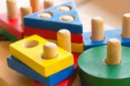 Toys 'R' Us Recalls Wooden Coloring Cases Because of Excessive Lead