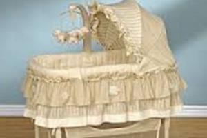Deaths Prompt Simplicity Bassinet Warning, But No Recall