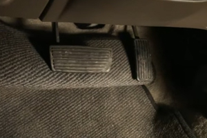 Toyota Replacing Gas Pedals in Sudden Acceleration Recall