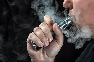 Commissioner says e-cigs need to be regulated