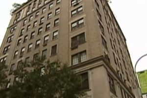 Madoff Prosecutors Want Manhattan Digs, Other Assets Ruth Wants to Keep