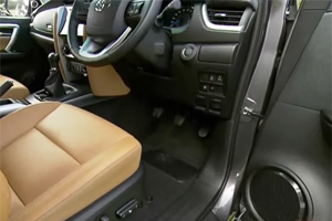 Replacing Floor Mats, Pedals on Toyotas Might Not End Unintended Acceleration Problems