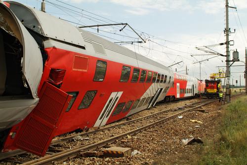 LIRR Train Crashes in Brooklyn