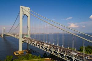 Accident with injuries on verrazano-narrows bridge