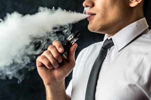 Vaping Claims its First Victim in the State of Illinois