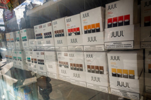 """Juul ignores the feds, still runs """"make the switch"""" ad campaigns"""