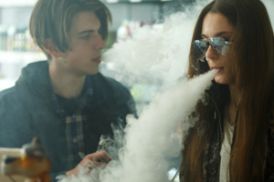 Vaping Linked to Severe Lung Damage, Medical Emergencies and Deaths