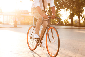 Cyclist Safety Bill Would Make Drivers Stay Three Feet Away from Bikes