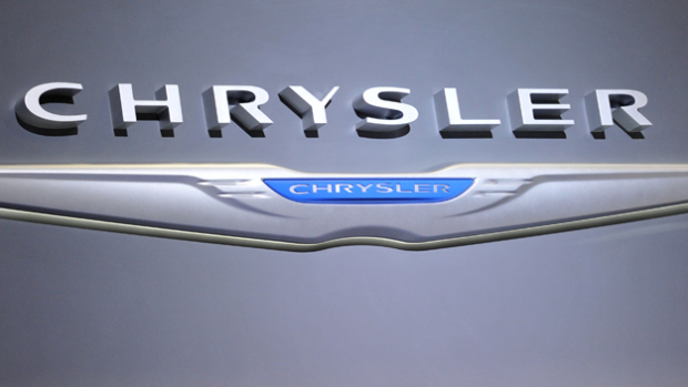 Chrysler Recalls 350,000 Older Cars to Fix Ignition Switches