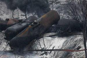 Train Hauling Crude Oil Derails in West Virginia