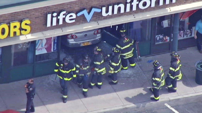 car-accident_store-staten-island