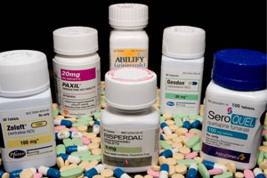 Antipsychotic Meds Linked to Death in Dementia Patients