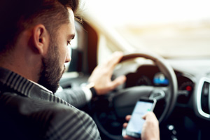 State laws regarding distracted driving vary