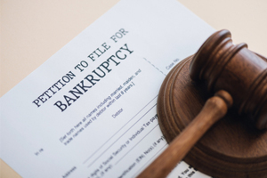 Filing for bankruptcy could affect injury settlements