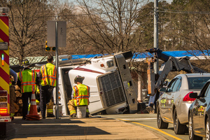 Fatal amazon tractor-trailer accident on the new jersey turnpike