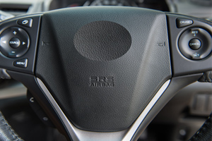 Fiat chrysler recalls 900,000 cars due to dangerous, faulty airbag covers