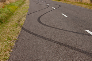 Off-tracking truck accidents: a serious safety issue for motorists