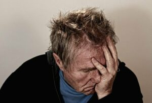 Pain and suffering lawyer: fees and accident lawsuit amounts