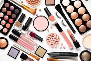 Cosmetics products contaminated with asbestos