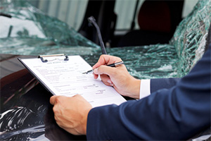 Insurance company tactics to minimize the value of your car accident claim payout